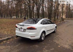 Белый Форд Мондео, объемом двигателя 1.6 л и пробегом 112 тыс. км за 13499 $, фото 1