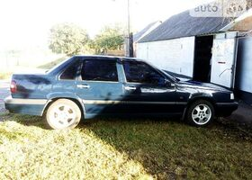 Синий Вольво 850, объемом двигателя 2.5 л и пробегом 245 тыс. км за 3900 $, фото 1