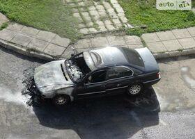 Чорний БМВ 7 Серія, объемом двигателя 3 л и пробегом 1 тыс. км за 2500 $, фото 1