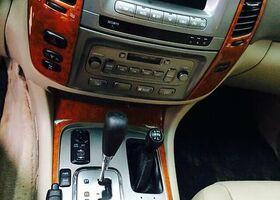 Черный Тойота Ленд Крузер 100, объемом двигателя 4.2 л и пробегом 314 тыс. км за 24500 $, фото 1