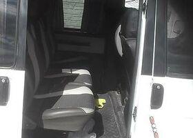 Белый Фольксваген Т (Транспортер), объемом двигателя 2.5 л и пробегом 340 тыс. км за 8400 $, фото 3