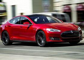 На новом дрэг-заезде Tesla Model S P100D поставила рекорд (видео)