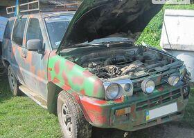 Зелений Ніссан Террано, объемом двигателя 2.7 л и пробегом 250 тыс. км за 1500 $, фото 1