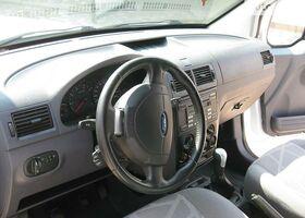 Білий Форд Транзит, объемом двигателя 1 л и пробегом 190 тыс. км за 5776 $, фото 6