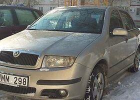 Бежевий Шкода Фабія, объемом двигателя 0.14 л и пробегом 185 тыс. км за 2000 $, фото 1