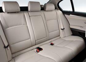БМВ 5 Серія, Седан 2010 - н.в. 525d xDrive (F10)