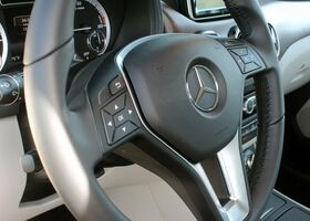 Mercedes-Benz B-Class 2016
