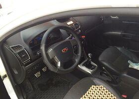 Білий Джилі Емгранд, объемом двигателя 1.8 л и пробегом 79 тыс. км за 6900 $, фото 1