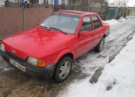 Червоний Форд Оріон, объемом двигателя 1.6 л и пробегом 999 тыс. км за 1300 $, фото 1