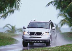 Mercedes-Benz ML 430 null
