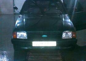 Зелений Форд Ескорт, объемом двигателя 1.4 л и пробегом 1 тыс. км за 1155 $, фото 1