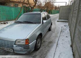 Сірий Опель Кадет, объемом двигателя 1.3 л и пробегом 1 тыс. км за 1700 $, фото 1
