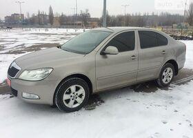 Бежевий Шкода Октавія, объемом двигателя 1.6 л и пробегом 90 тыс. км за 11900 $, фото 1