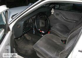 Белый Опель Аскона, объемом двигателя 1.6 л и пробегом 109 тыс. км за 1650 $, фото 1