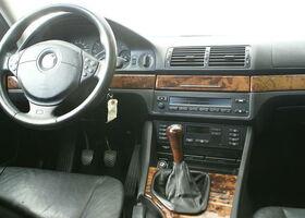 Серебряный БМВ 5 Серия, объемом двигателя 1.95 л и пробегом 229 тыс. км за 3950 $, фото 9