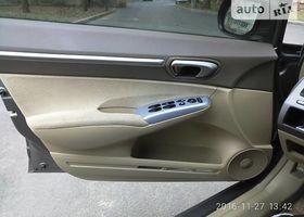 Сірий Хонда Сівік, объемом двигателя 13 л и пробегом 187 тыс. км за 7999 $, фото 21