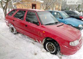 Красный Шкода Фелиция, объемом двигателя 1 л и пробегом 276 тыс. км за 2900 $, фото 1