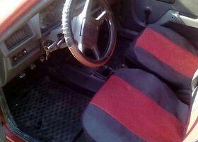 Красный ЗАЗ 1102 Таврия, объемом двигателя 1.2 л и пробегом 150 тыс. км за 1300 $, фото 1