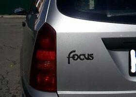 Срібний Форд Фокус, объемом двигателя 1.8 л и пробегом 160 тыс. км за 2400 $, фото 1