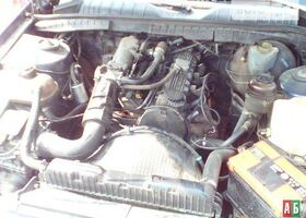 Синий Опель Омега, объемом двигателя 2 л и пробегом 350 тыс. км за 2500 $, фото 1