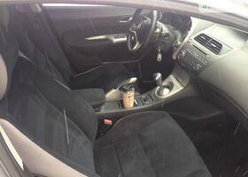 Серебряный Хонда Цивик, объемом двигателя 1.8 л и пробегом 165 тыс. км за 8299 $, фото 10