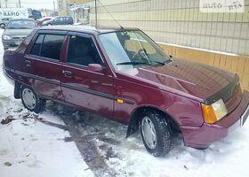 Вишнёвый ЗАЗ 1103 Славута, объемом двигателя 1.2 л и пробегом 77 тыс. км за 2400 $, фото 1