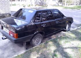 Черный ВАЗ 21099, объемом двигателя 1.5 л и пробегом 132 тыс. км за 2800 $, фото 3