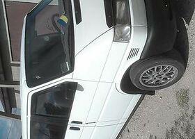 Белый Фольксваген Т (Транспортер), объемом двигателя 2.5 л и пробегом 340 тыс. км за 8400 $, фото 2