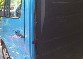 Голубий Мерседес Sprinter, объемом двигателя 2.7 л и пробегом 273 тыс. км за 11500 $, фото 4