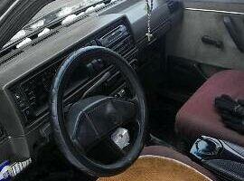 Серый Фольксваген Джетта, объемом двигателя 1.8 л и пробегом 1 тыс. км за 2200 $, фото 5