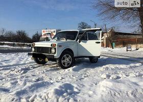 Білий ВАЗ 2121, объемом двигателя 1.7 л и пробегом 95 тыс. км за 3699 $, фото 1