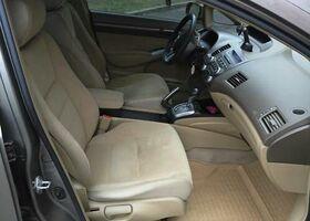 Сірий Хонда Сівік, объемом двигателя 13 л и пробегом 187 тыс. км за 7999 $, фото 7