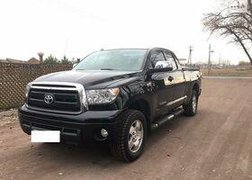 Черный Тойота Тундра, объемом двигателя 0.06 л и пробегом 60 тыс. км за 31800 $, фото 1
