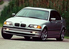 BMW 323 null