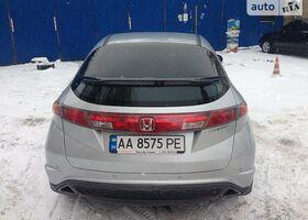 Серебряный Хонда Цивик, объемом двигателя 1.8 л и пробегом 165 тыс. км за 8299 $, фото 6