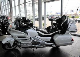 Белый Хонда Голд Винг, объемом двигателя 1.8 л и пробегом 23 тыс. км за 17800 $, фото 1
