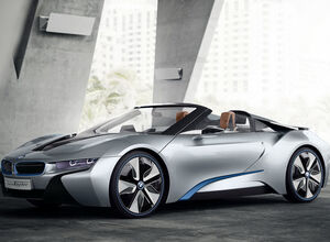 BMW объявила о начале серийного производства i8 Roadster