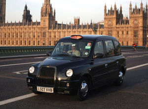 Такси Manganese Bronze в Англии
