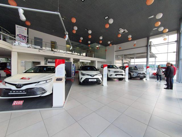 """Купить новое авто Toyota в Виннице в автосалоне """"Премиум Моторс""""   Фото 7 на Automoto.ua"""