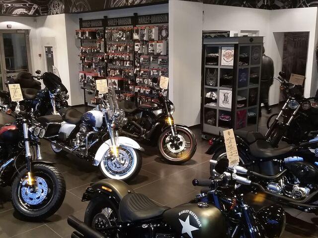 """Купити нове авто  у Києві в автосалоні """"Harley-Davidson""""   Фото 5 на Automoto.ua"""