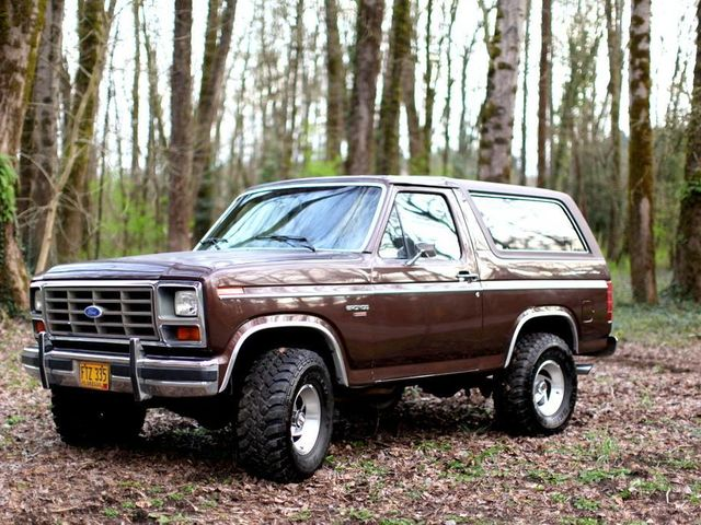 Ford Bronco null