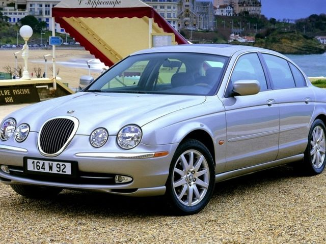 Jaguar S-Type null