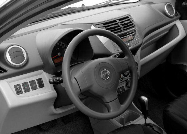 Nissan Pixo null