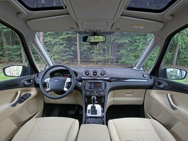 Ford Galaxy null