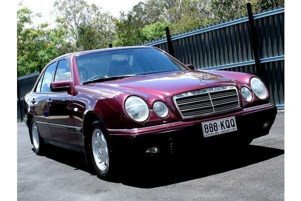 Mercedes-Benz E 230 null