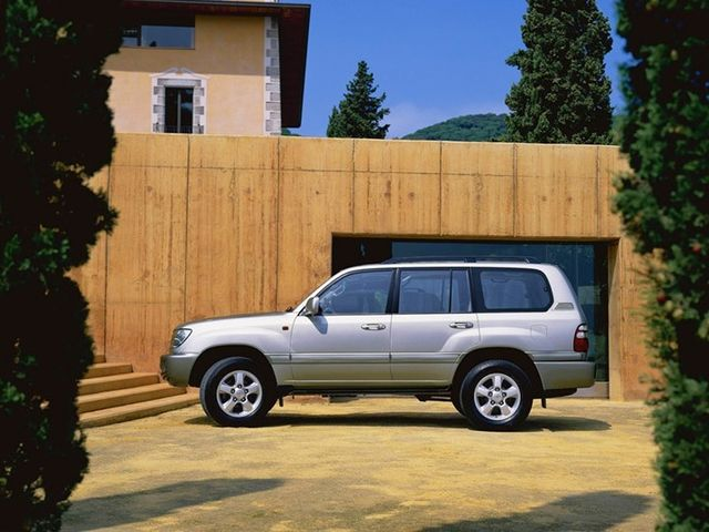 Toyota Land Cruiser 100 null