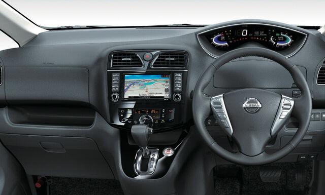 Nissan Serena 2016